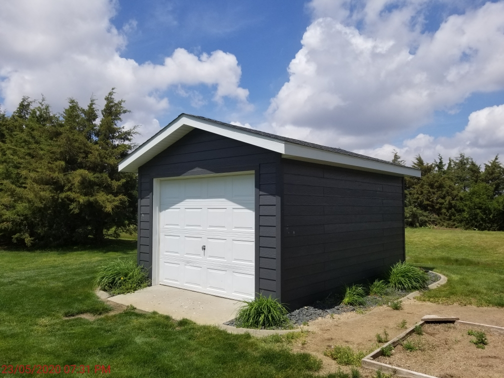 tracy_deckert_lawn_shed